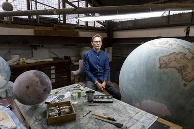 世界に一つ自分だけの手描き地球儀 英