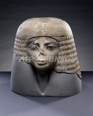 「マイケル・ジャクソン」激似の古代エジプト像が話題、米シカゴの博物館