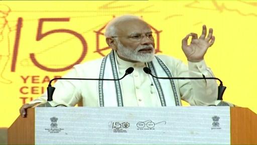 動画:印首相、全国民へのトイレ普及を宣言 専門家からは疑問も