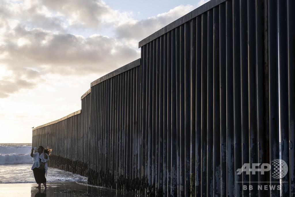 ベルリンの壁崩壊30年 世界で復活する「壁」