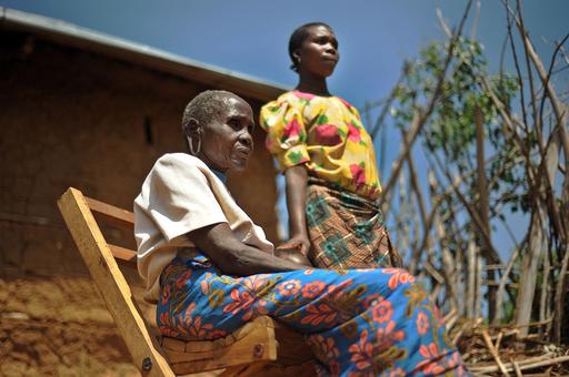年配女性が若い女性を「妻としてめとる」、タンザニアの珍しい風習
