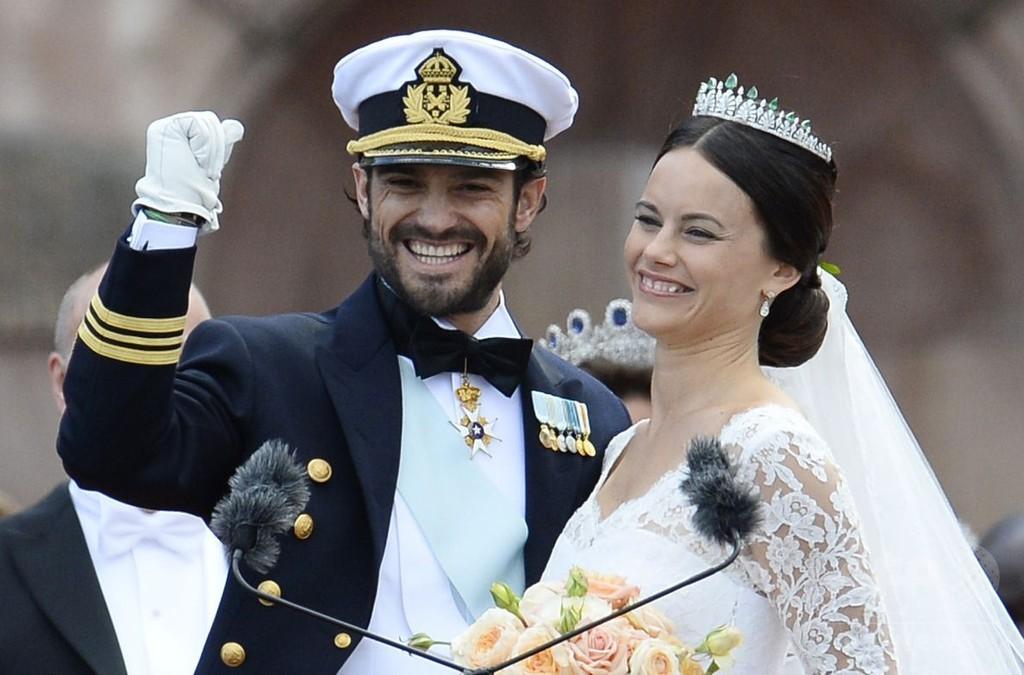 スウェーデン王子、リアリティー番組出演の元モデルと挙式