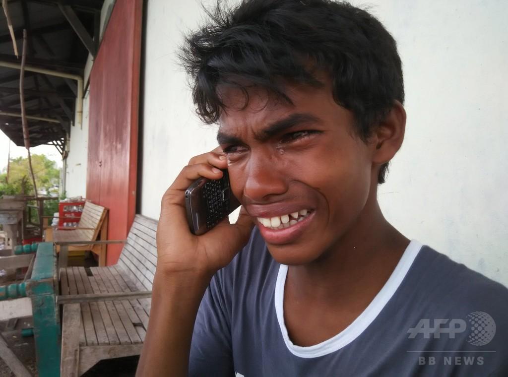 人身売買被害の14歳少年、難民船の悪夢語る インドネシア