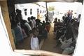 南スーダンからの難民受け入れ、危険水域に ウガンダ