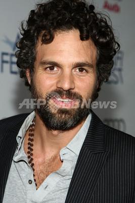 銃撃された俳優M・ラファロの弟が死去、警察は容疑者の身柄拘束