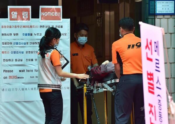 韓国の朴大統領、MERS感染拡大で保健当局者を叱責