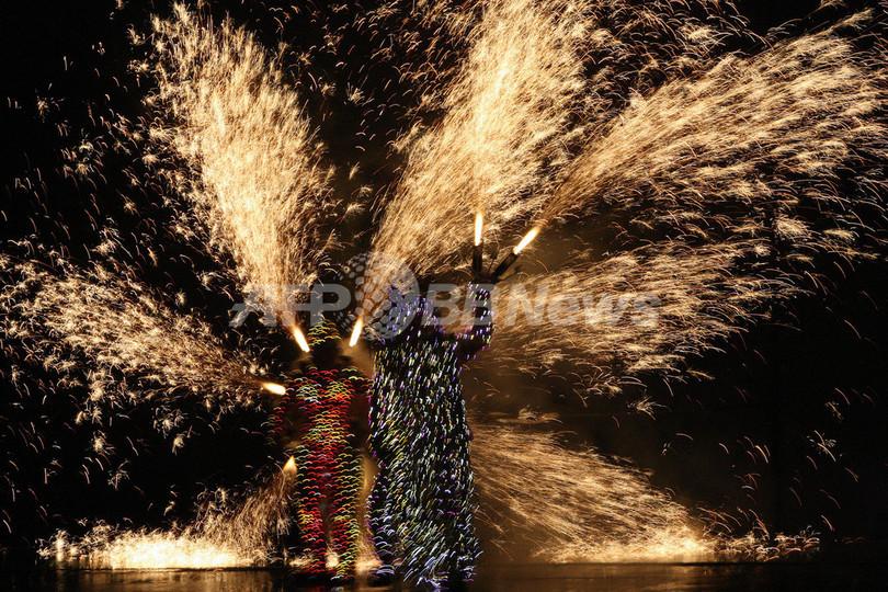 「ブラジルにおけるフランス年」開幕を祝う花火