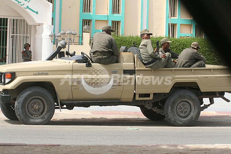 モーリタニアでクーデター、軍が大統領を拘束