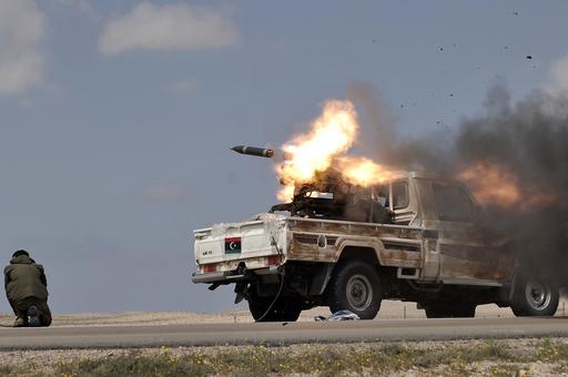 カダフィ軍は「崩壊寸前ではない」、米軍トップが警告
