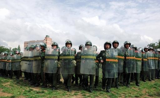 中国、1日に2か所で大規模な暴動が発生