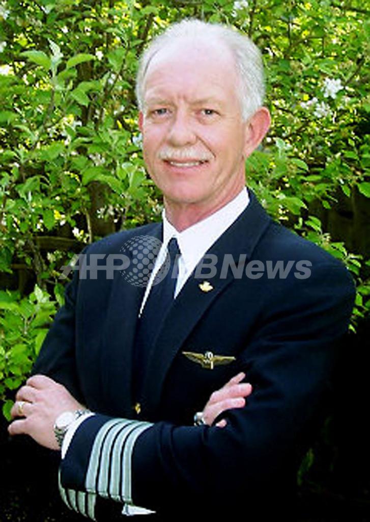 「ハドソン川の英雄」に称賛、USエアウェイズ機事故