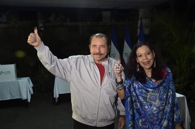 ニカラグア大統領選、現職が3選 野党は「茶番」と批判