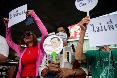タイ総選挙またも延期か、予定通りの実施求め市民デモ