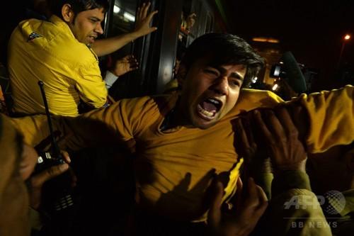 印バス集団レイプ、加害者元少年釈放 被害者の父「... 印バス集団レイプ、加害者元少年釈放 被害