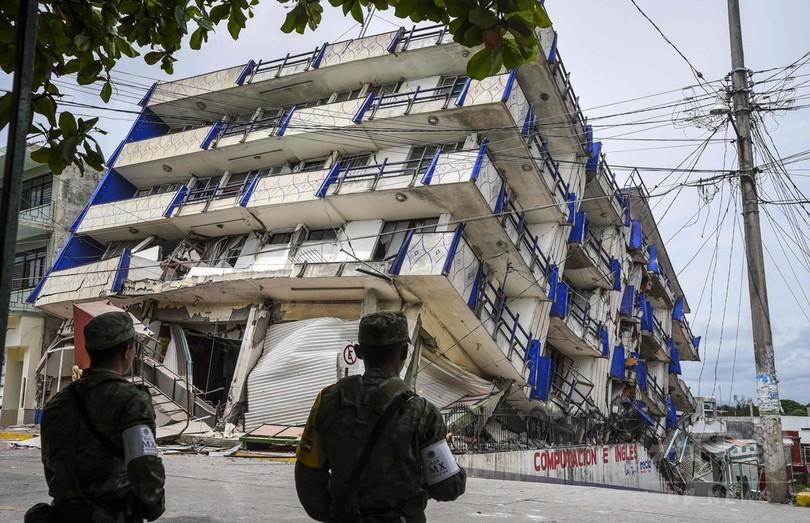 メキシコ地震、死者58人に 南東部で大きな被害