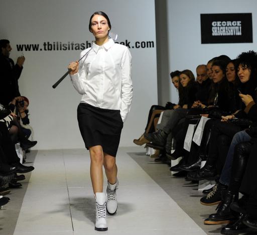 グルジアの首都トビリシでファッションウィーク開催