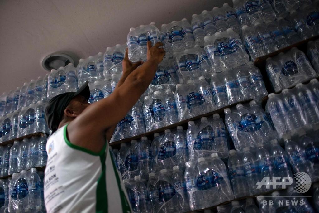カーニバル前のリオ、水道水汚染で断水やパニックも ブラジル