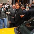P・マッカートニー、NYタイムズスクエアでサプライズライブ