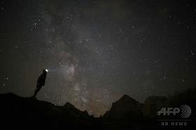 流星群に未知の小惑星か、地球衝突の危機高まる チェコ研究