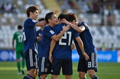日本は逆転で白星発進、大迫2発でトルクメニスタンに辛勝 アジア杯