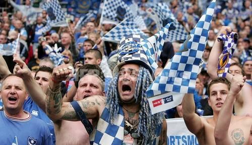 欧州サッカーファン、5割が「セックスよりも試合観戦」