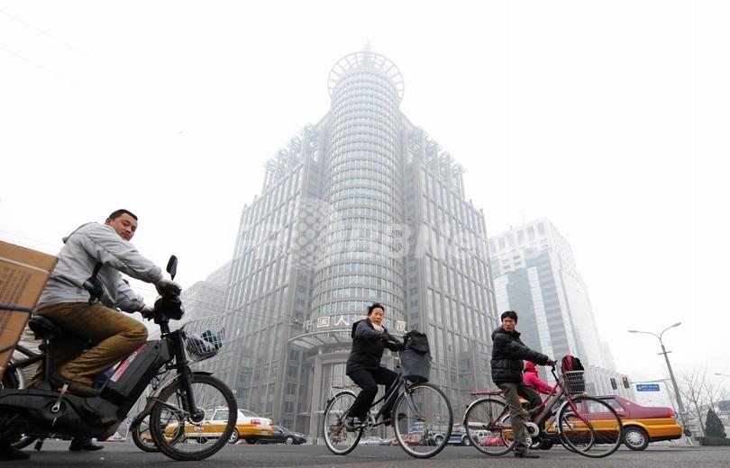 ツイッター使った中国大気汚染情報の提供は続ける、米国務省
