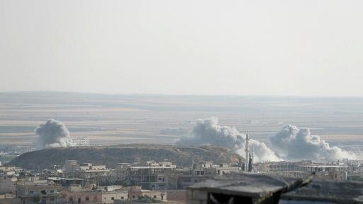 動画:シリア政府、イドリブ県で空爆再開 停戦撤回