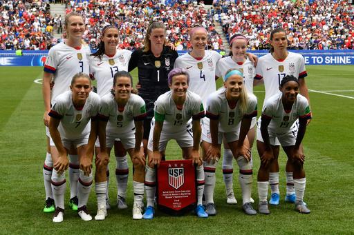 女子サッカー米代表の性差別訴訟、裁判は来年5月に