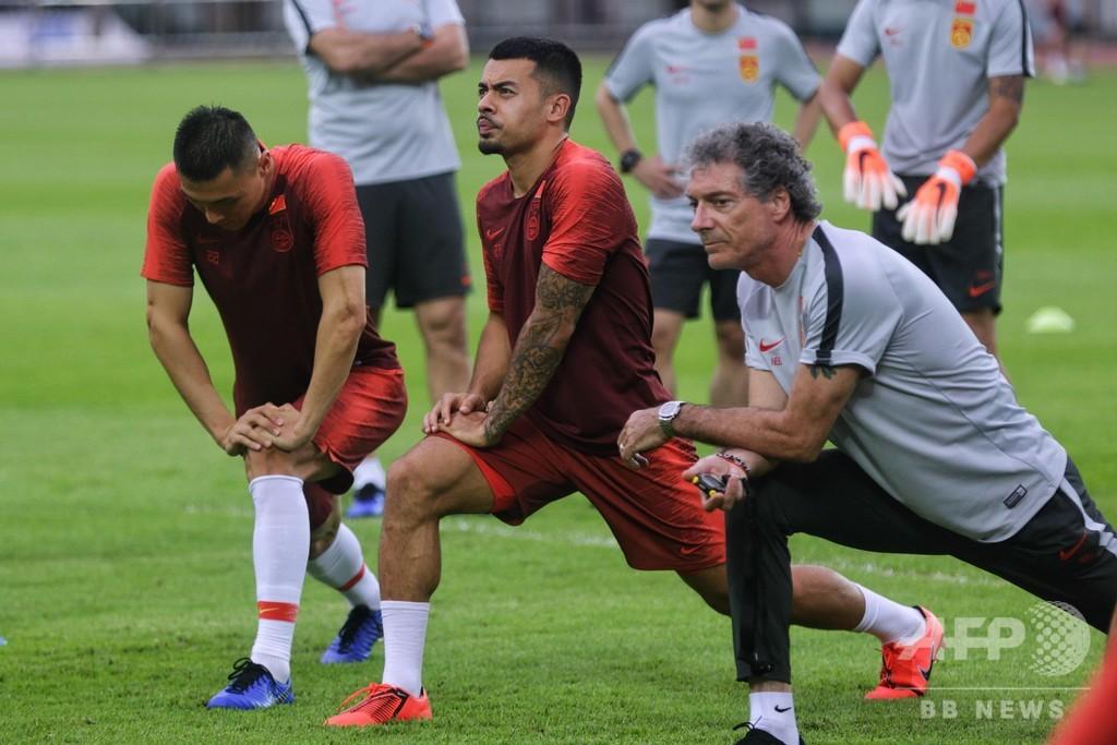 中国サッカー、W杯出場に向け「帰化」促進 賛否両論も