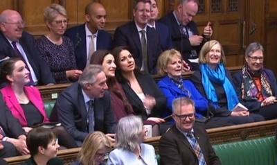 英与党・保守党議員3人が離党、ブレグジットめぐり