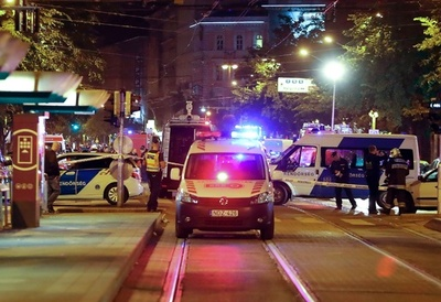 ハンガリー首都中心街の建物で爆発、警官2人負傷