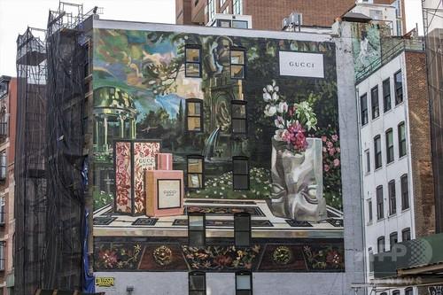 「グッチ」新プロジェクトで、ストリートの壁面が常設キャンバスに!?