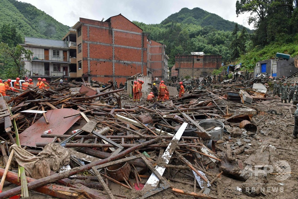 台風9号が直撃した中国東部、死者32人に