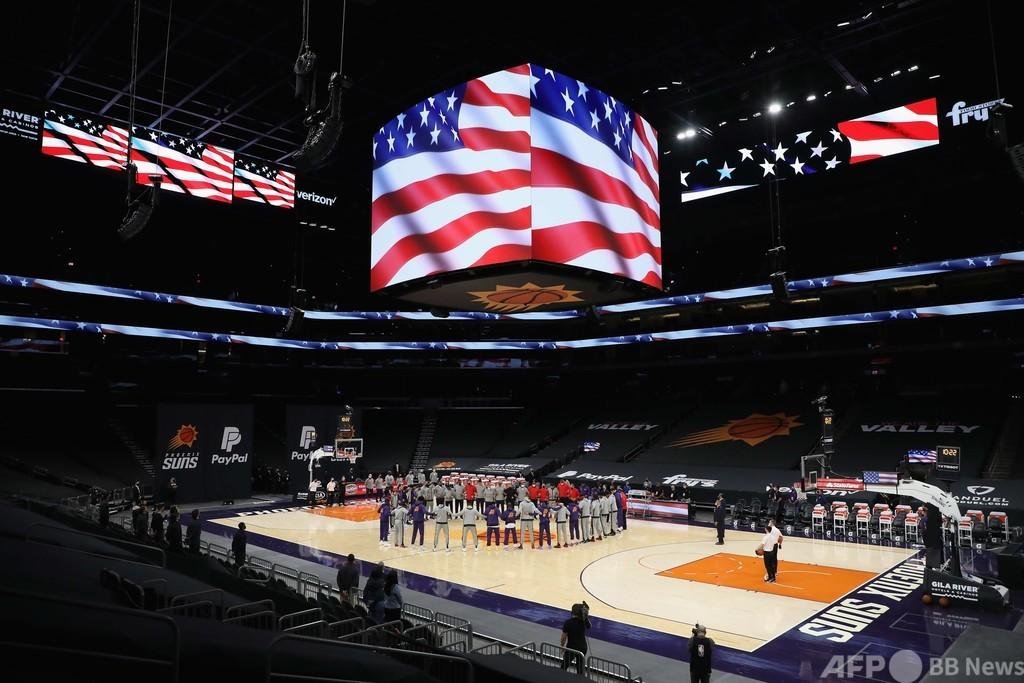 NBA選手が人種的不公平に対する決意新たに、米議会突入を受け