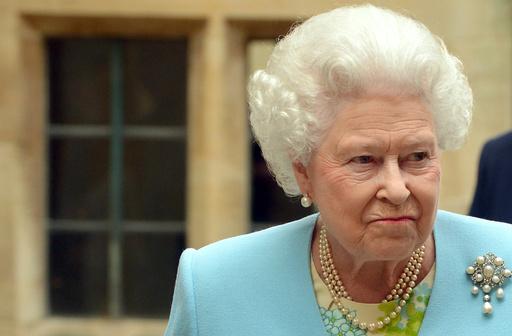 英宮殿内で警官が「ナッツ泥棒」、エリザベス女王ご立腹?