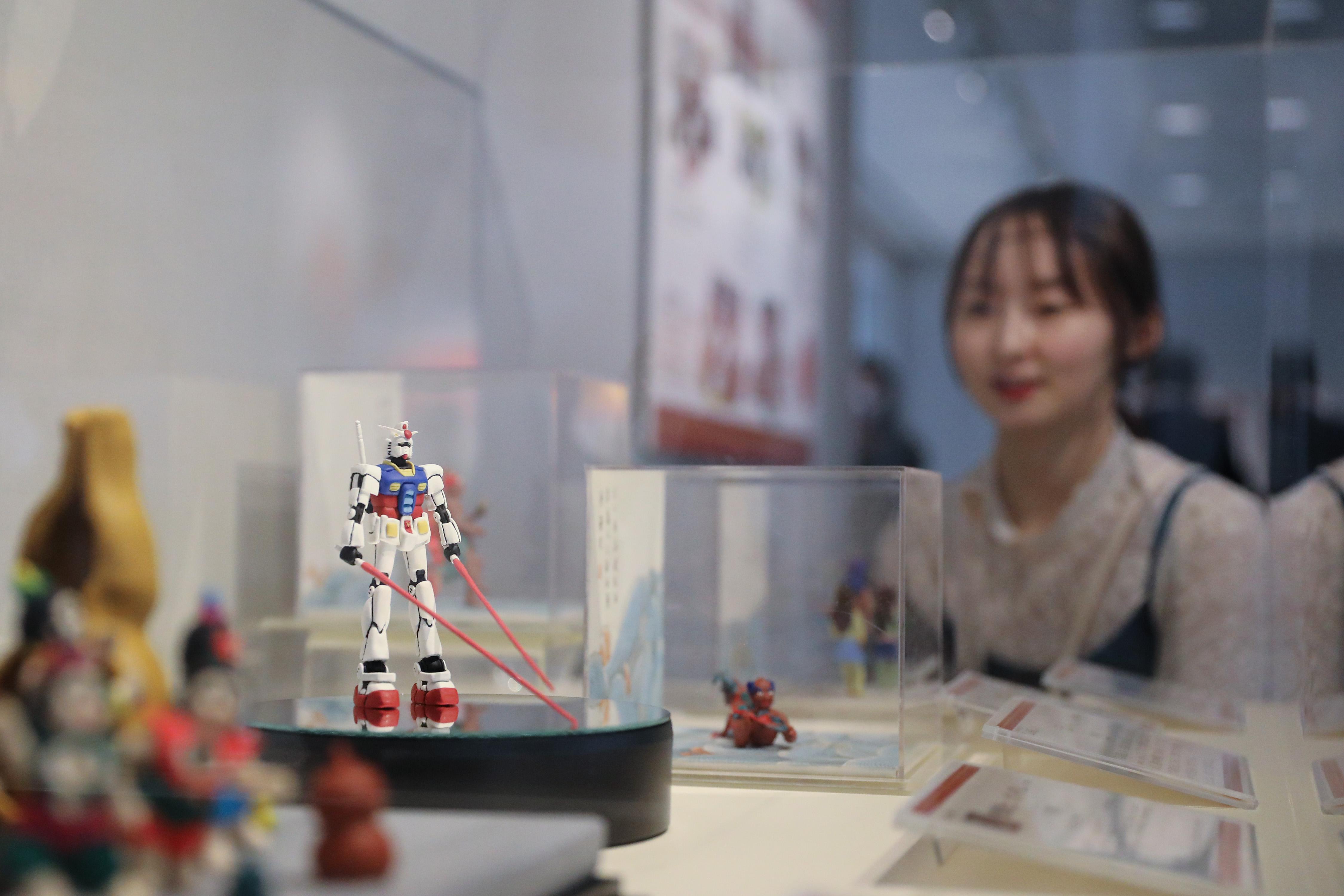 「ちいさな世界の物語 中国練り粉人形展」都内で開幕