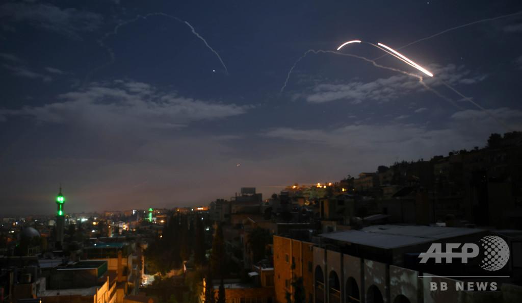 イスラエル軍のミサイル攻撃で3人負傷、シリア国営メディアが報道