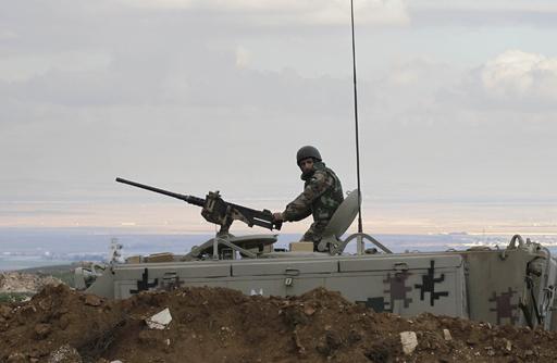 ヨルダン、シリアから越境の車両を空爆