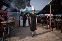 【特集】買い物する親子、マンションに住む夫婦、遊園地の少女…北朝鮮で暮らす人々