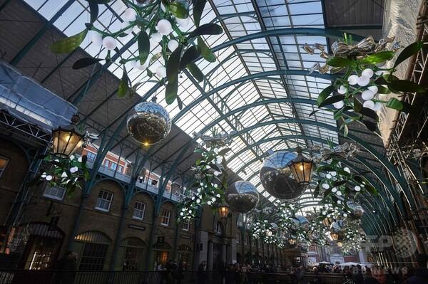 英ロンドン中心部がクリスマス一色、移動遊園地もにぎわう