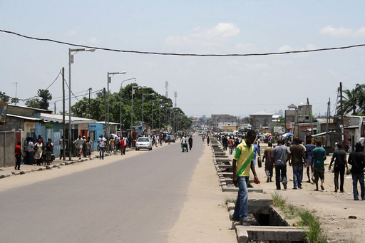 コンゴ共和国の武器庫で大規模爆発、死者146人