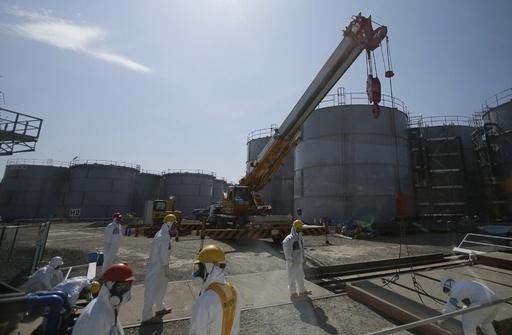 福島原発の汚染水対策に国費投入、安倍首相が表明