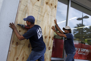 ハリケーン「マリア」上陸のドミニカ、首相が「あらゆる支援」を要請