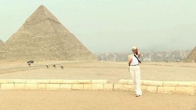 動画:メラニア夫人、ピラミッドを訪れる アフリカ4か国歴訪