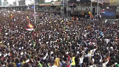 動画:エチオピア首相の集会で手りゅう弾爆発、1人死亡 154人負傷