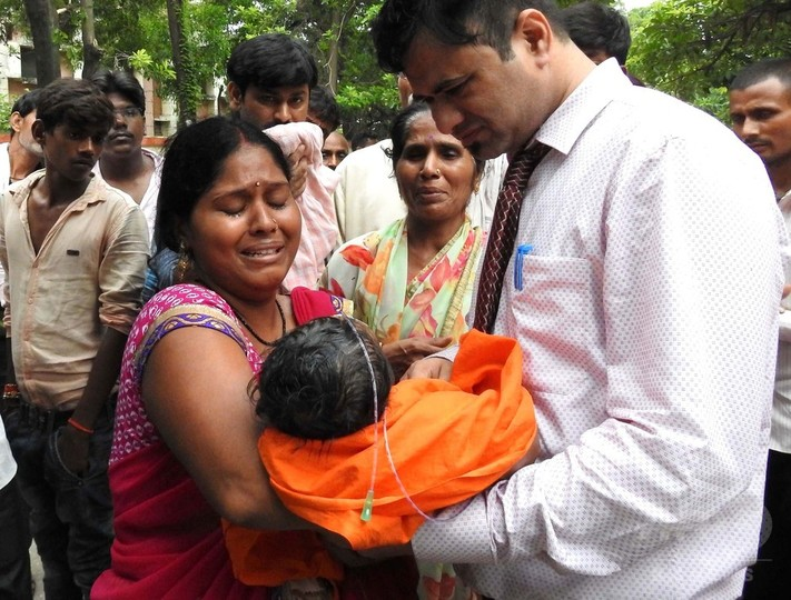 インドの病院で子どもが相次ぎ死亡、5日間では60人