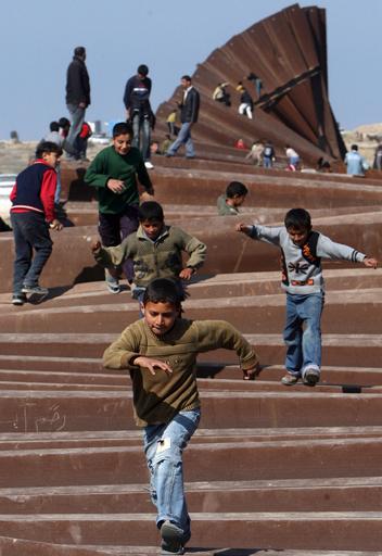 ガザ地区住民のエジプト流入問題、エジプトが境界壁閉鎖を通告