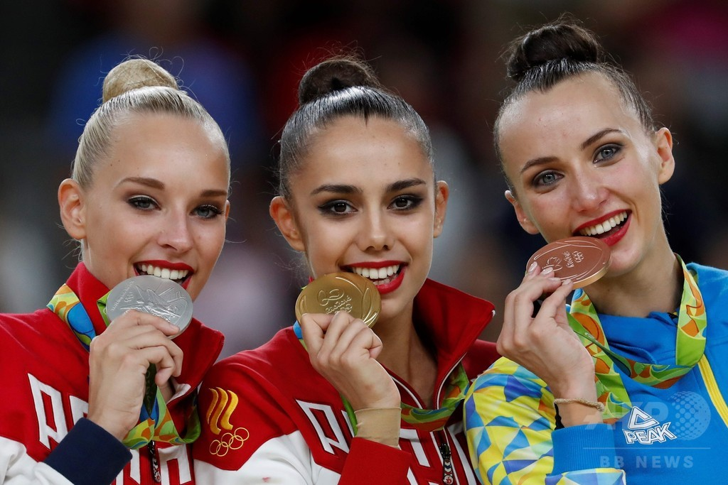 マムーンが新体操個人総合で金、ロシア勢は五輪5連覇達成
