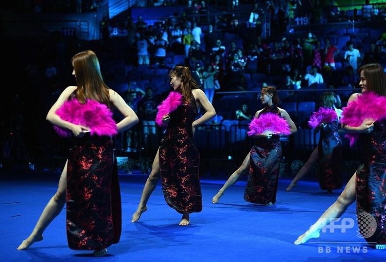 妖艶ダンスに「キスカメラ」、ファン獲得へ変貌するバドミントン業界