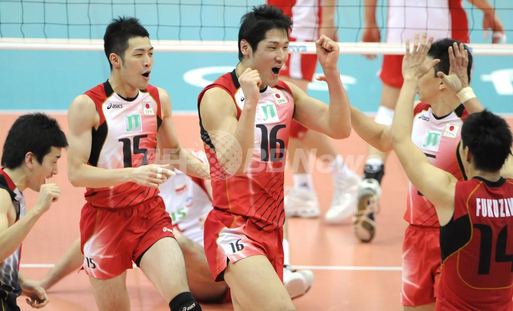日本男子、3-2でポーランドに勝利 グラチャンバレー